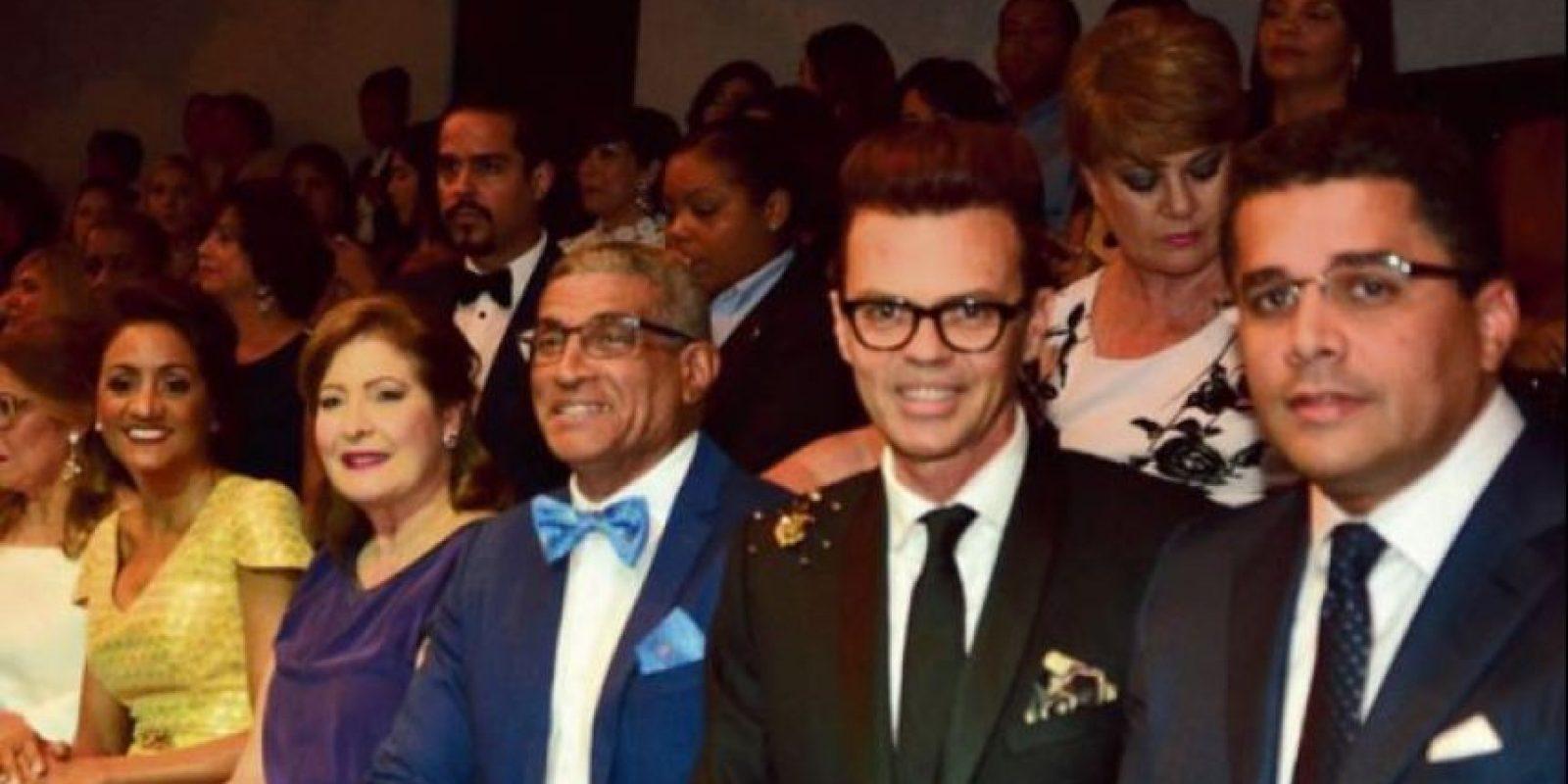 La primera dama Cándida de Montilla, Mirka Morales, Fidel López, Sócrates Mckinney y el alcalde David Collado. Foto:Fuente Externa