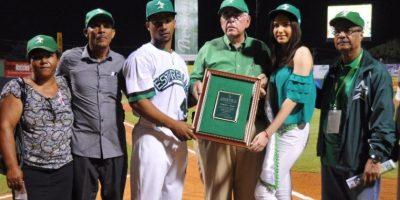 Las Estrellas Orientales le rindieron homenaje a Francisco Mejía