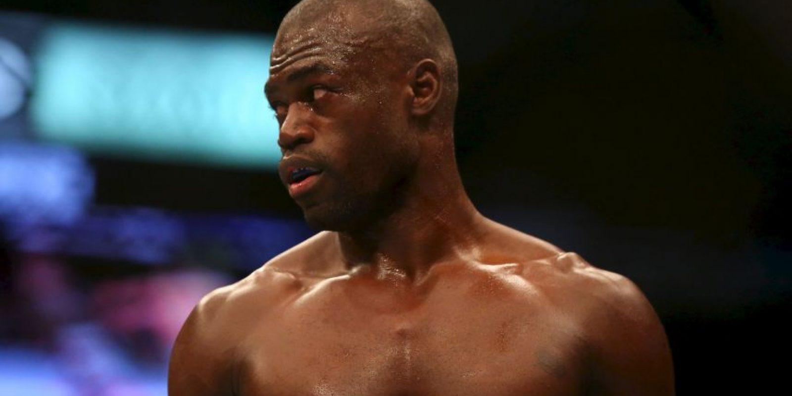 Uriah Hall. Llegaba tan golpeado del colegio que su madre lo metió a practicar artes marciales Foto:Getty Images