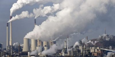 Emisión de gases contaminantes alcanza cifra recórd en 2015