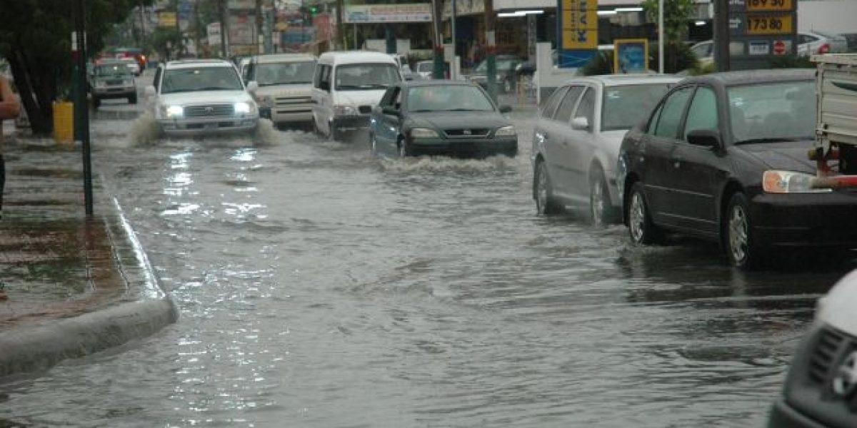 17 provincias en alerta verde; se esperan fuertes aguaceros