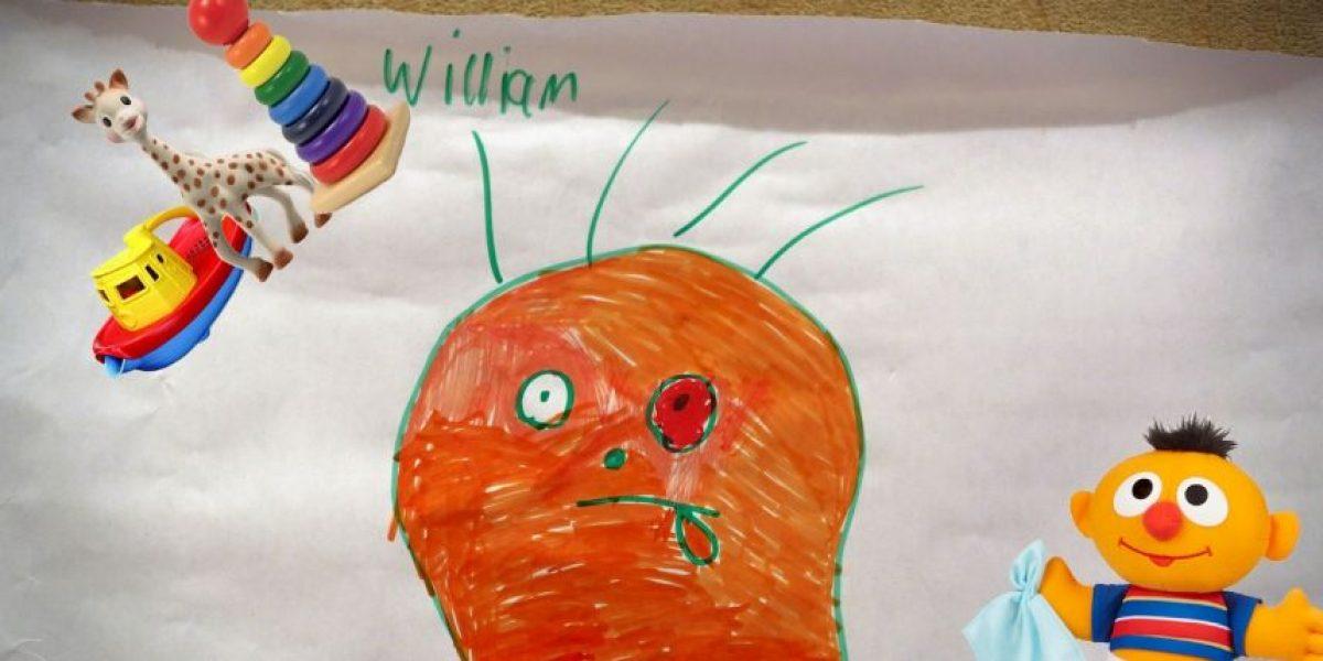Vean cómo este padre le da vida a los extraños dibujos de su hijo