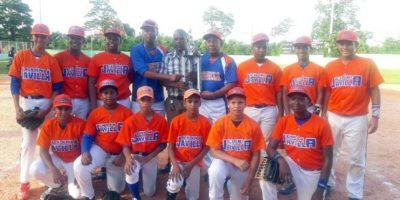 Academia La Javilla conquista título del Clásico de Béisbol de Pequeñas Ligas