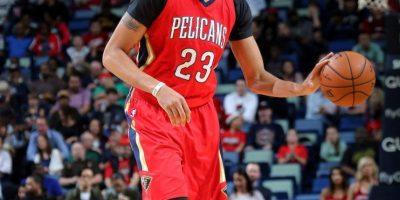 Anthony Davis realiza estreno histórico en la NBA