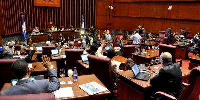 Senado aprueba proyecto por 600 millones de doláres para financiar  Punta Catalina