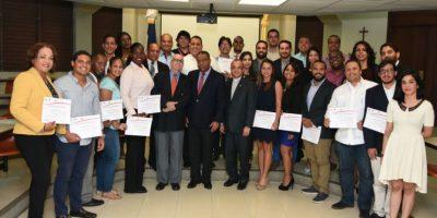 PUCMM culmina diplomado en Mercadeo Deportivo