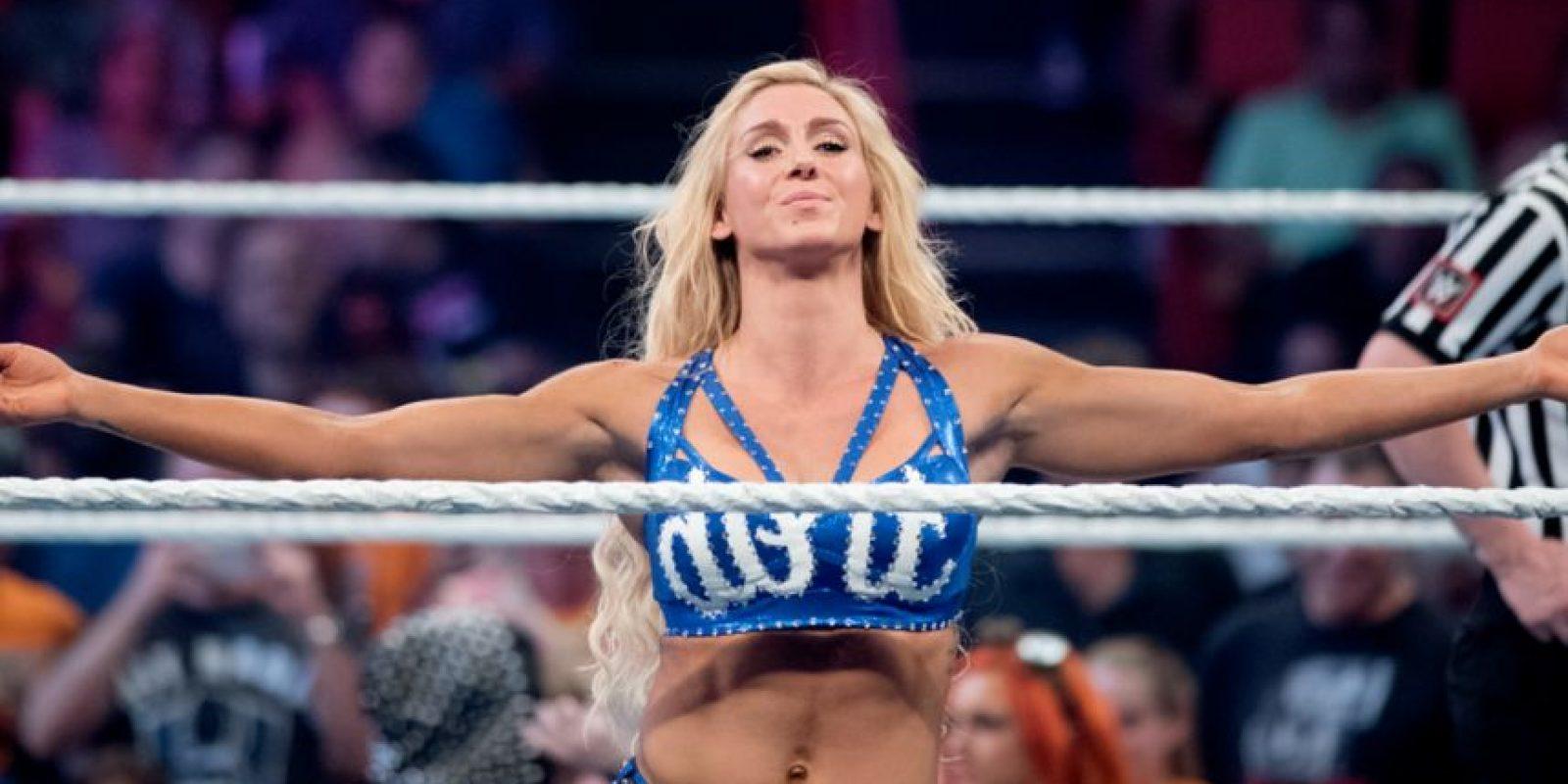 Frente a Charlotte Foto:WWE