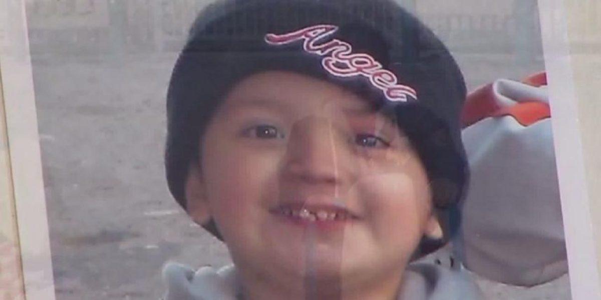 Encierra a su hijo en un armario por tres años hasta matarlo