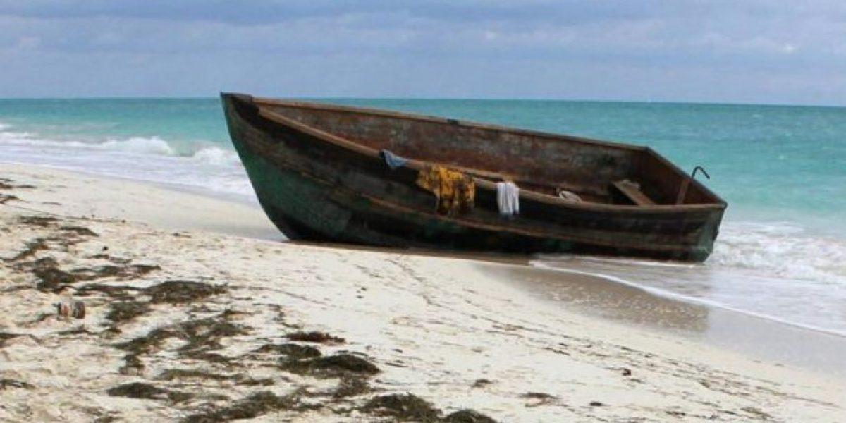 Rescatan ilesos a 33 pescadores tras zozobrar su embarcación en Puerto Plata
