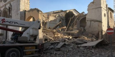 Italia sacudida nuevamente por terremoto de 6.5 grados