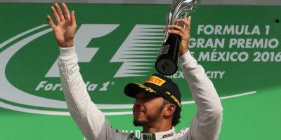 Hamilton gana en México y se coloca a 19 puntos de Rosberg