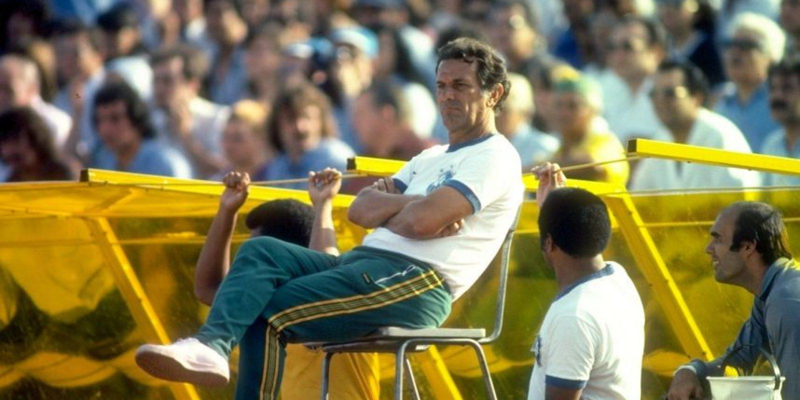 20.-Tele Santana (17 títulos): Dirigió en diversos clubes de Brasil y también en la selección. Sin embargo, fue a nivel de equipos donde obtuvo sus más éxitos y así sumó títulos con Fluminense, Atlético Mineiro, Flamengo y Sao Paulo, donde tuvo su mejor rendimiento y ganó, entre otros trofeos, la Copa Libertadores de 1992 y 1993. Foto:Getty Images