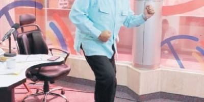 Maduro baila en su programa