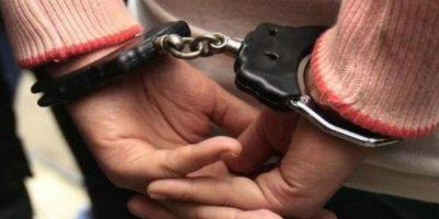 PN apresa mujer acusada de ser integrante de banda ladrones