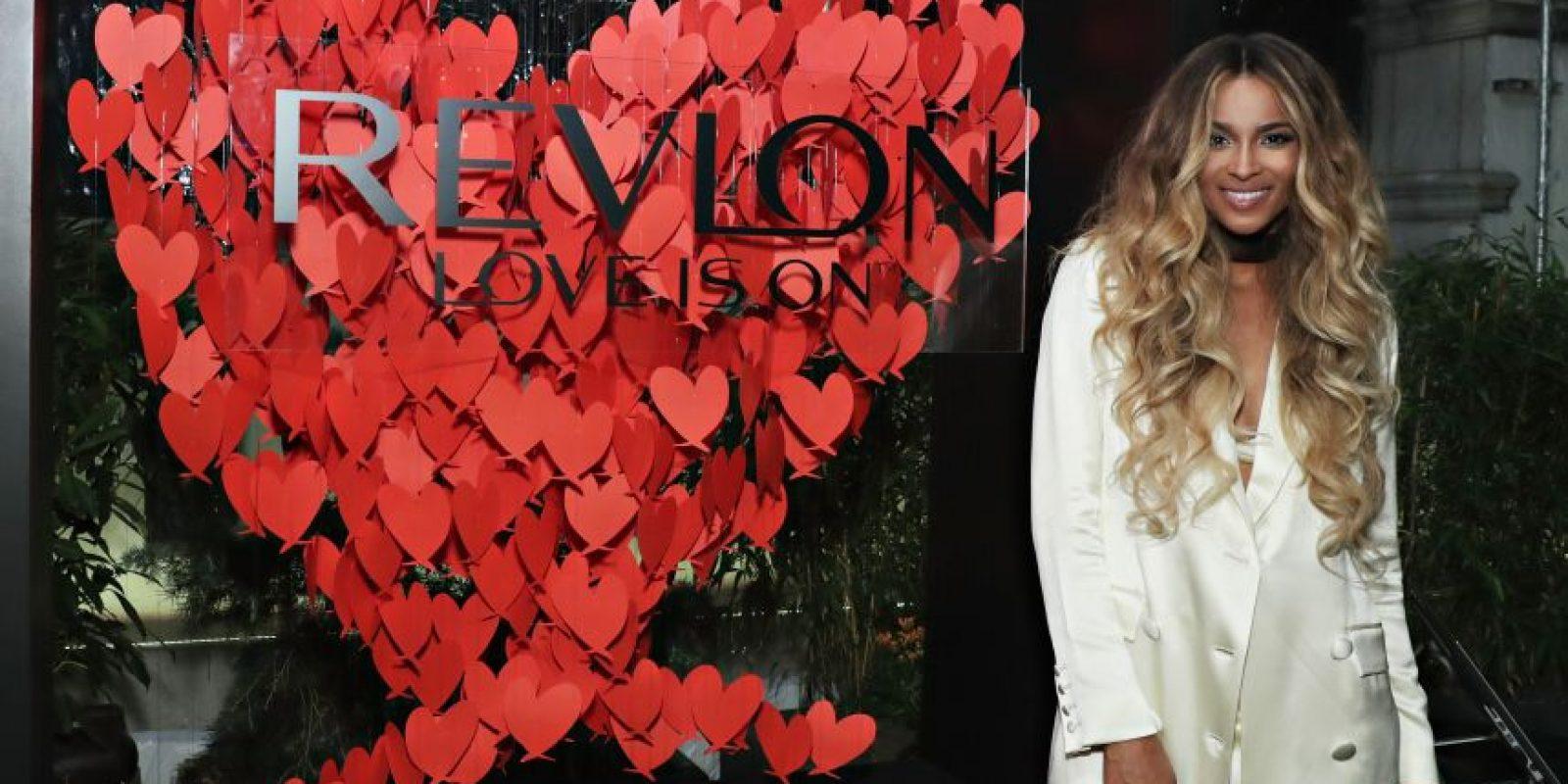 Ciara Foto:Revlon