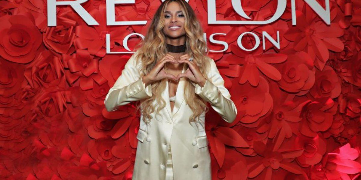 Ciara es la nueva cara de Revlon