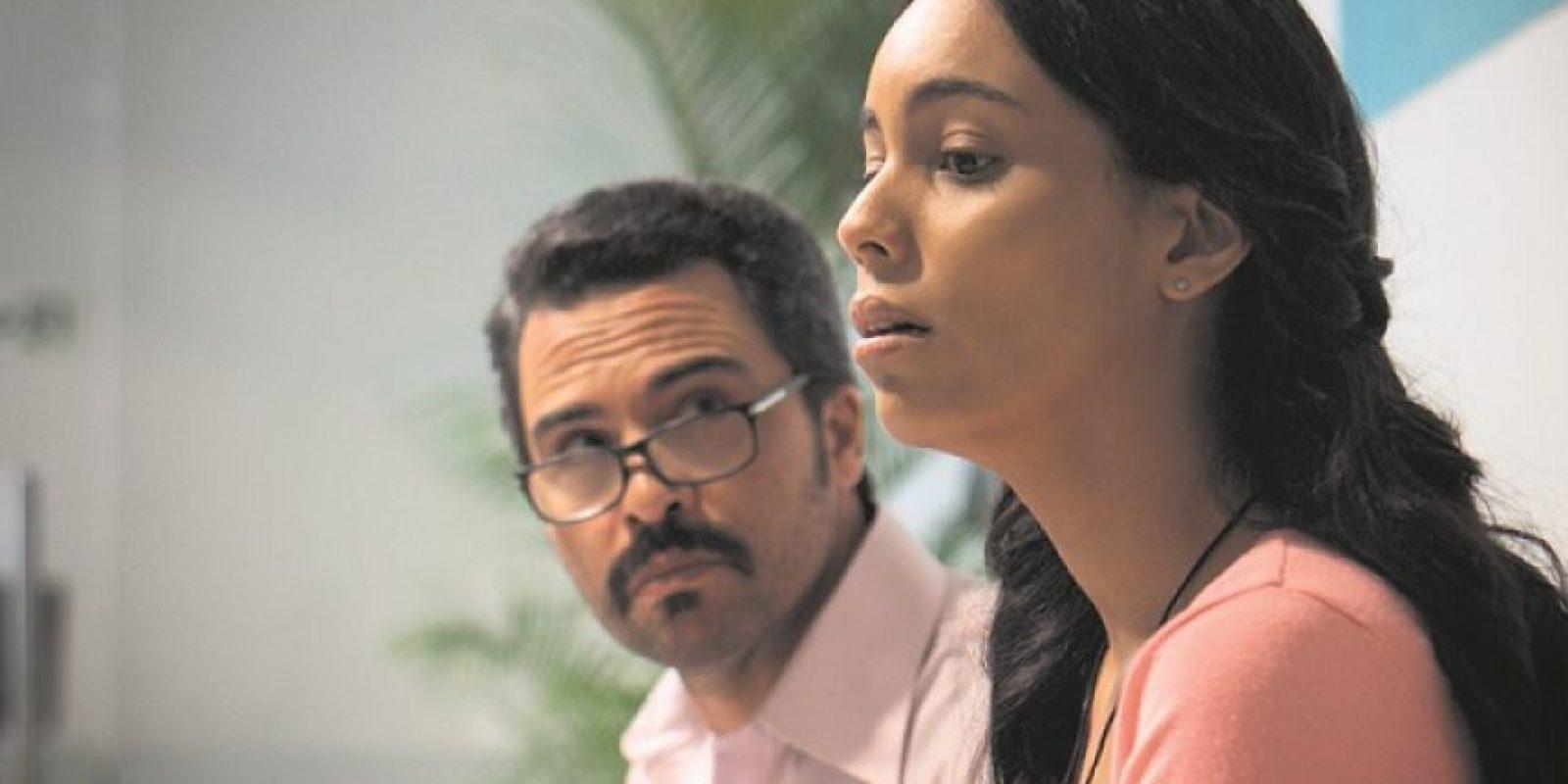 Manny Pérez y Laura Reynoso, quienes en el filme son padre e hija. Foto:Fuente externa