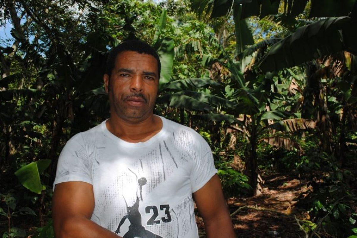 Ángel Encarnación Bautista tiene toda la vida cosechando café. Foto:NB