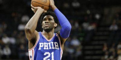 Joel Embiid: Líder en triples en la NBA