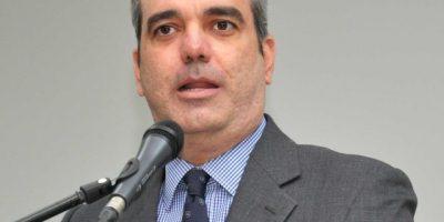 Luis Abinader felicita deportistas dominicanos por el Día Nacional del Deporte