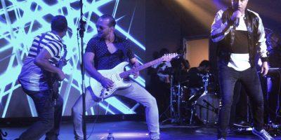 Aljadaqui cumplió su misión de agradar a sus fans con sus canciones de ayer y hoy. Foto:Fuente Externa