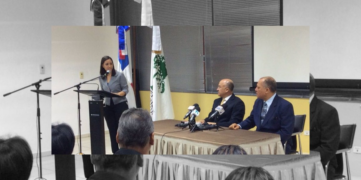 Medio Ambiente firma acuerdos de colaboración para protección del agua