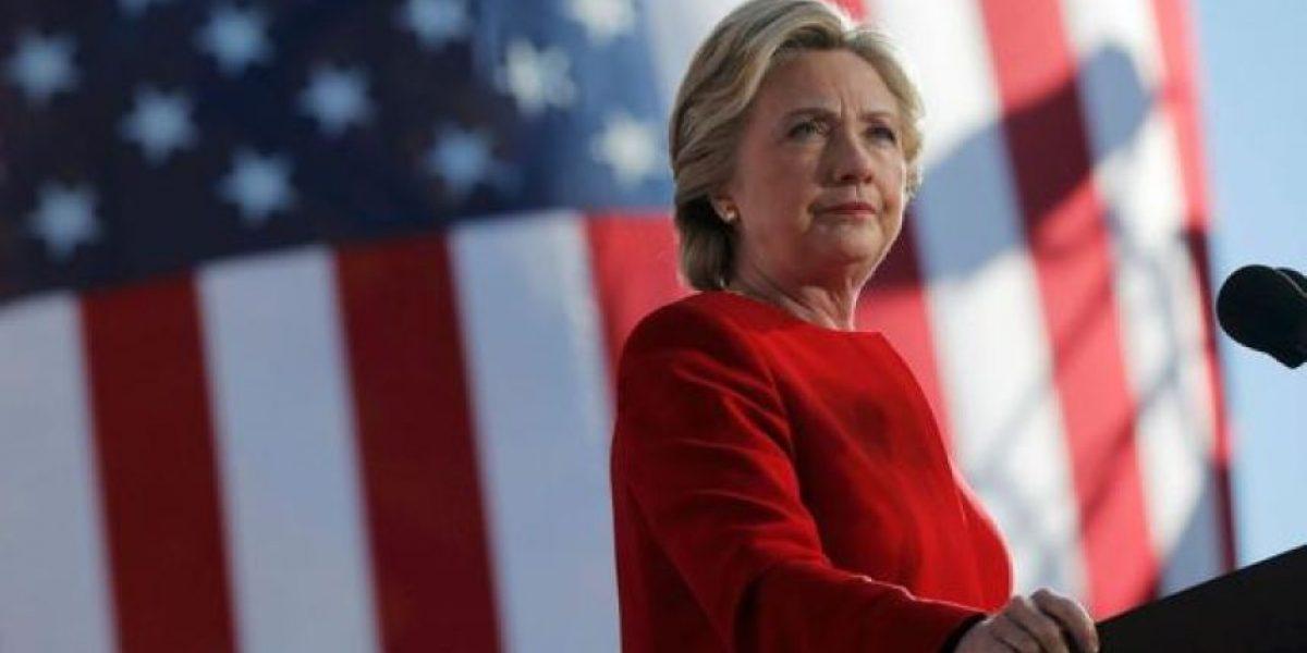 Pronósticos antes del cierre de urnas dan a Clinton como ganadora