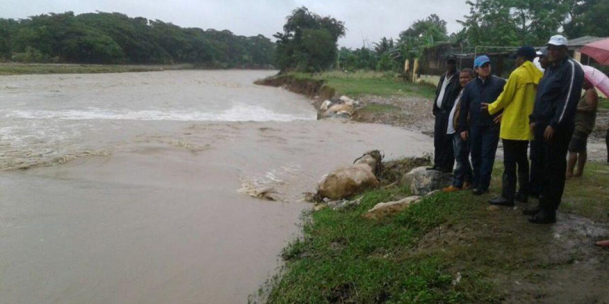COE establece 25.640 personas han sido desplazadas por lluvias