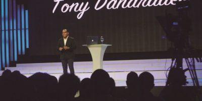 Tony  Dandrades no descarta hacer televisión en el país si los  produce Edilenia Tactuk
