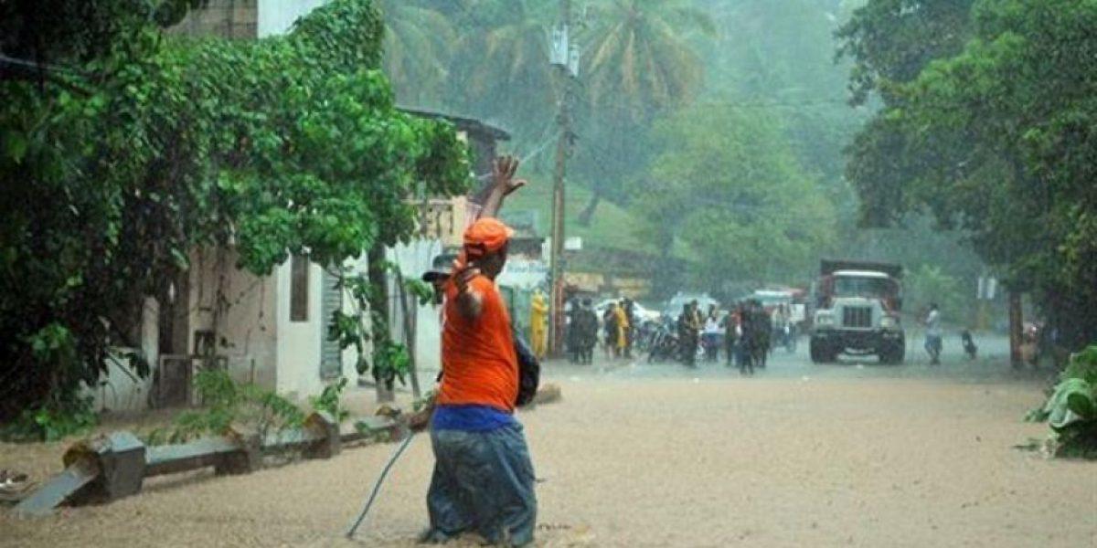 Lluvias mantienen 26,336 desplazados y  19 comunidades incomunicadas