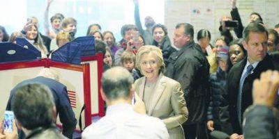 Clinton y Trump, voto a voto hasta la madrugada