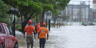 Defensa Civil continúa evacuaciones  por lluvias