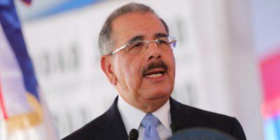 Presidente Medina recibe delegación de parlamentarios británicos