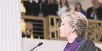 """Hillary Clinton a sus votantes: """"Lo siento"""""""