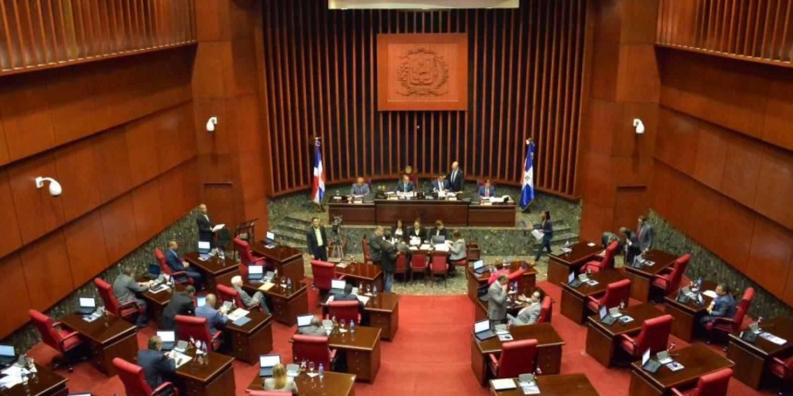 El Senado sesionó ayer, pero se tomó una semana más para elegir a un integrante por cada terna. Foto:Fuente externa