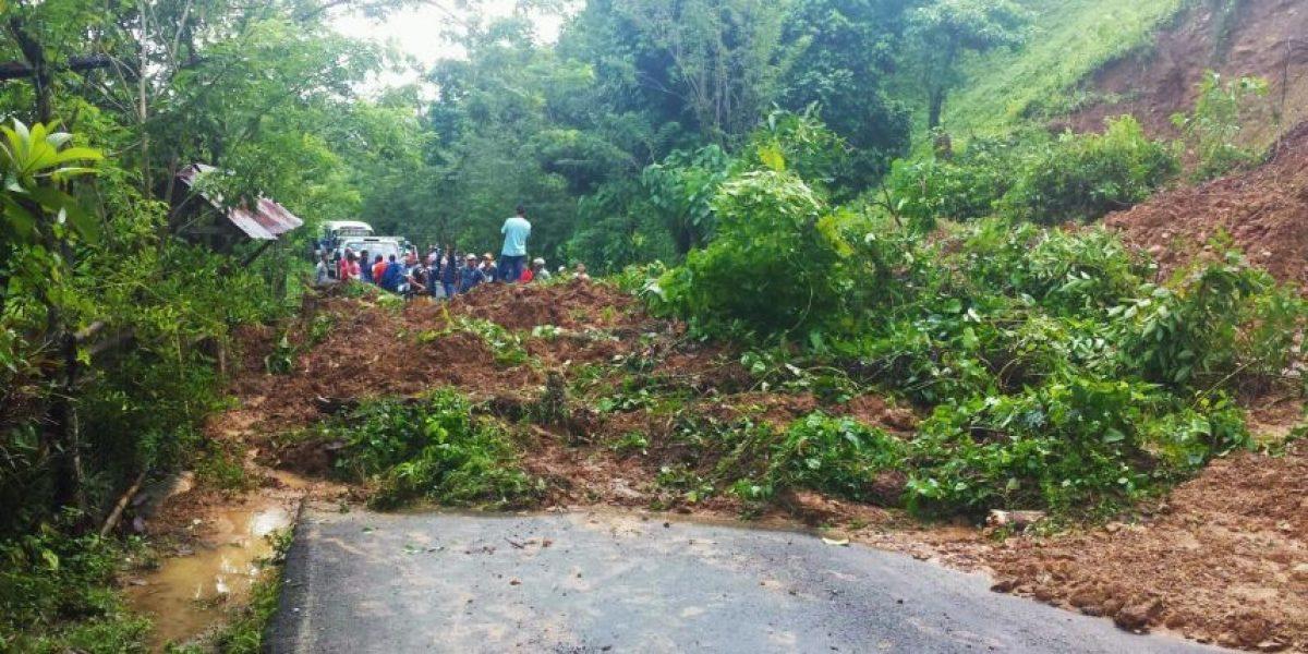 Derrumbe de tierra deja incomunicada comunidad en Bonao