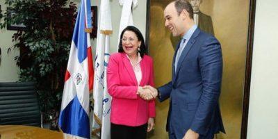 Indotel firma convenio con Fundación Reservas para inclusión tecnológica