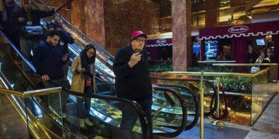 Michael Moore fue a confrontar a Trump y así le fue