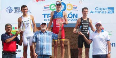 Fernando Alarza se corona campeón Triatlón de Santo Domingo