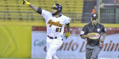 Ronny Rodríguez, un Águila en llamas en cielos de Lidom