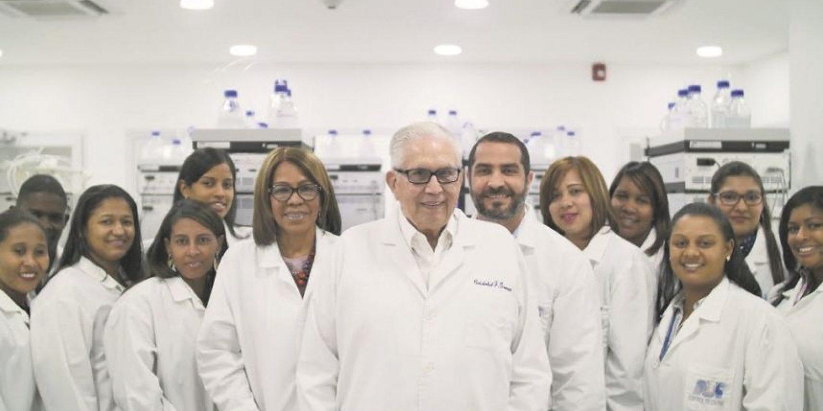 El equipo profesional del Laboratorio Maganachen tiene la filosofía de vender calidad en sus productos.. Foto:Fuente externa