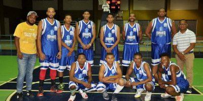 Pueblo Centro avanza a final torneo de baloncesto de Monte Plata