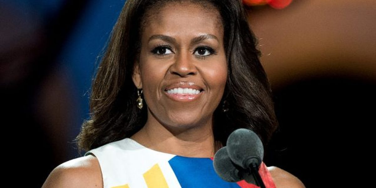 "Llaman ""simio en tacos"" a Michelle Obama"
