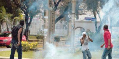 Cierran avenida Correa y Cidrón por disturbios en la UASD