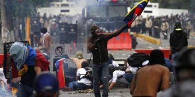 Advierten riesgos de una guerra civil en Venezuela