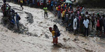 Haití realiza comicios en medio de emergencia causada por Matthew