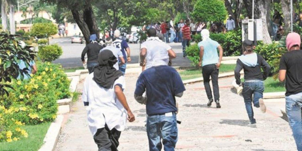 """En la UASD celebrarán hoy """"viernes negro"""" en contra de los hechos violentos"""