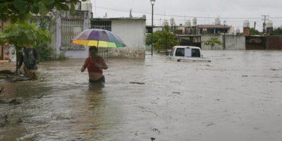 COE: Más de 30.000 desplazados por fuertes lluvias