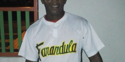Bachateros ganan segundo partido de la final en Liga La Farandula