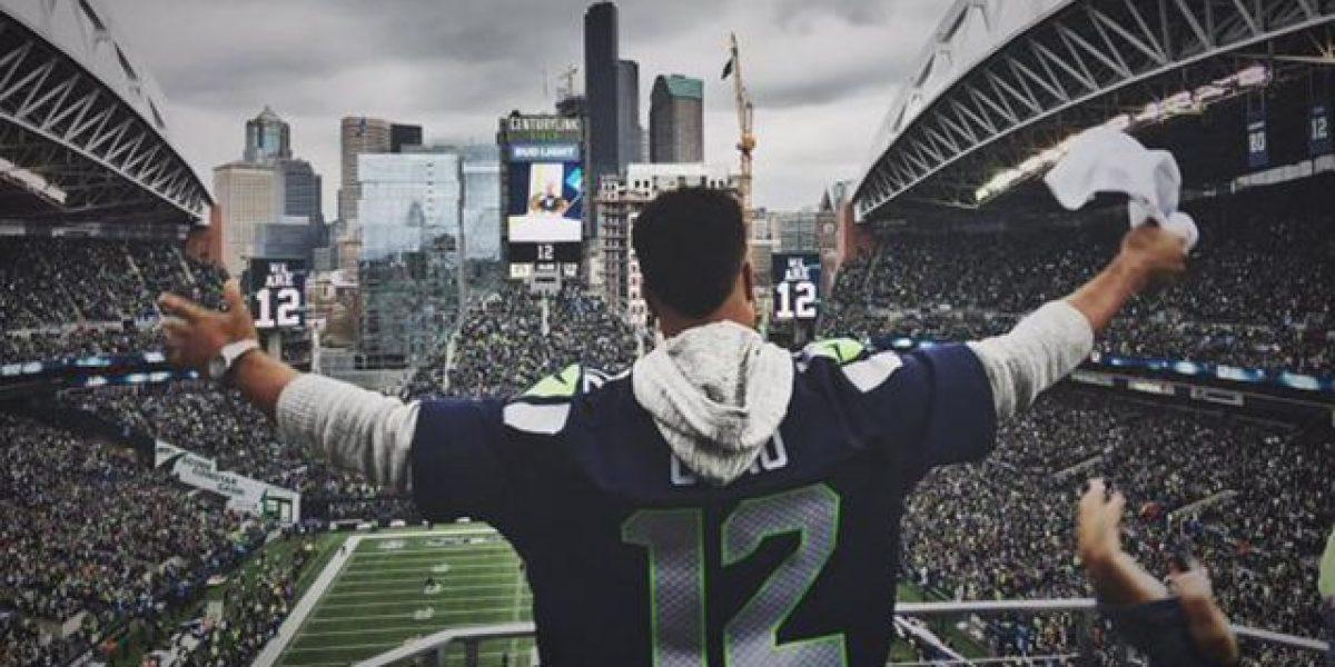 Canó alzó la bandera del número 12 en el juego de los Seahawks